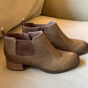 Dansko Lola Distressed Leather Booties Sz 37 US 7